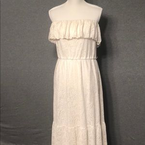 Size XL off white strapless lace dress
